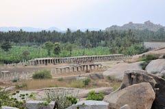 Forntida fördärvar av Hampi, Karnataka, Indien Royaltyfria Foton