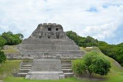 Forntida fördärvar i Belize royaltyfri bild