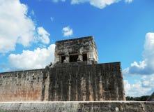 Forntida fördärvar i Chichen Itza Royaltyfria Bilder