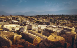 Forntida fördärvar i Hierapolis, Turkiet Royaltyfria Bilder