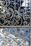 Forntida gjutjärnport Royaltyfria Foton