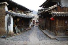 Forntida gränd, i Shaxi den forntida staden med mer 2400 år `-historia Fotografering för Bildbyråer