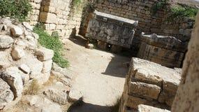 forntida gravar Arkivfoton