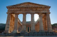 Forntida grekiskt tempel av Segesta, Sicily Arkivfoto