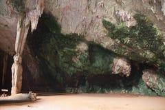 Forntida grottor i Thailand Fotografering för Bildbyråer
