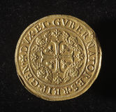 Forntida guld- mynt av republiken av Genua Italien Royaltyfria Bilder