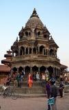 Forntida hinduisk tempel i Patan Arkivfoto