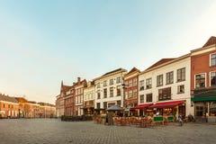 Forntida hus i den historiska holländska staden av Zutphen Royaltyfri Fotografi