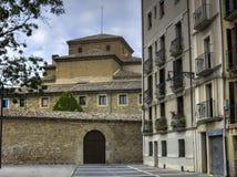Forntida hus i Pamplona Arkivfoton