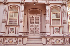 Forntida hus på Bohra vad, Sidhpur, Gujarat Royaltyfri Bild