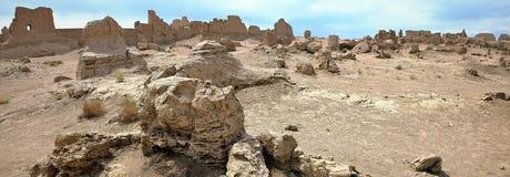 Forntida Jiaohe fördärvar i Turpan i autonom region för Xinjiang Uighur av Kina arkivbilder