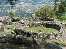 Forntida keltisk bosättning Citania de Santa Luzia arkivfoton