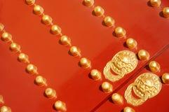 forntida kinesisk dörr Arkivbild