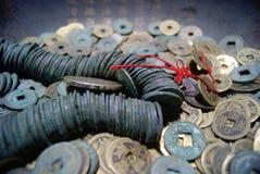 forntida kinesiska mynt Fotografering för Bildbyråer