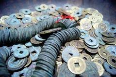 forntida kinesiska mynt Arkivfoto