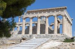 Forntida klassiskt tempel i Grekland arkivfoto