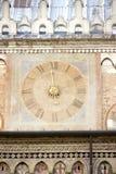 Forntida klocka i Padua arkivfoto