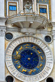 Forntida klockatorn i Venedig Royaltyfri Foto
