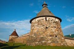 Forntida klostertorn Arkivfoto