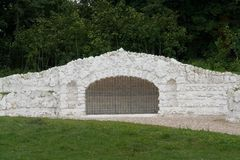 forntida konstgjord grotto Royaltyfri Fotografi
