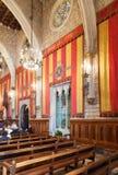 Forntida korridor i stadshus i Barcelona, Catalonia Royaltyfri Foto