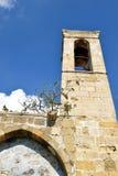Forntida kyrka i Cypern Arkivfoton