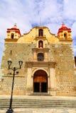 Forntida kyrka i oaxaca I arkivbilder