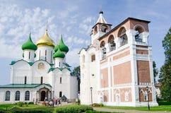 Forntida kyrka i Suzdal Arkivfoton