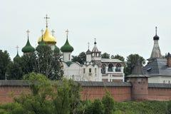 Forntida kyrka i Suzdal Royaltyfri Bild