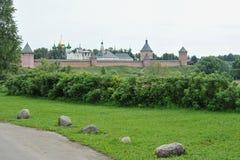 Forntida kyrka i Suzdal Fotografering för Bildbyråer