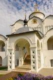Forntida kyrka i Suzdal Den guld- cirkel`en för ` av Ryssland Fotografering för Bildbyråer