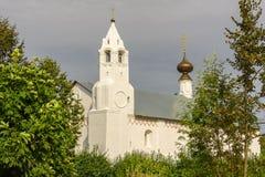 Forntida kyrka i Suzdal Den guld- cirkel`en för ` av Ryssland Arkivbilder