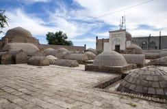 Forntida kyrkogård i den gamla staden Khiva uzbekistan Royaltyfria Foton