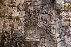 Forntida lättnad i Angor wat i Cambodja Arkivfoto
