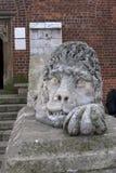 Forntida Lion Statue Arkivfoto