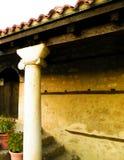 Forntida lonic kolonn Ohrid stad, Makedonien fotografering för bildbyråer