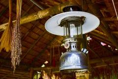 Forntida lyktor, thailändskt folk royaltyfri foto