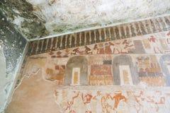 Forntida målning på väggen på egyptiska gravar Royaltyfria Foton