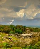 Forntida mayan fördärvar Palenque Fotografering för Bildbyråer
