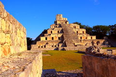 Forntida mayastad av Edzna VI Arkivbilder