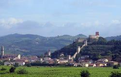 Forntida medeltida slott av SOAVE nära VERONA Royaltyfri Fotografi
