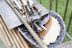 Forntida medeltida svärd Arkivfoton