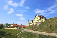 Forntida Nesvizhsky slott i Nesvizh Arkivbild