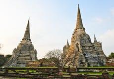Forntida och fördärvar tempelet arkivfoto