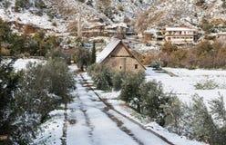 Forntida ortodoxa kristna lilla kyrkliga Cypern Fotografering för Bildbyråer