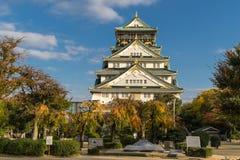 Forntida Osaka Castle i Japan Royaltyfria Foton