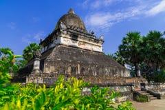 Forntida pagod i vaten Visounnarath Arkivfoto