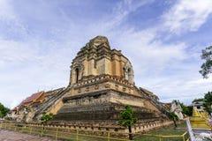 Forntida pagod på Wat Chedi Luang Arkivfoto