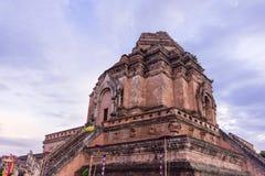 Forntida pagod på Wat Chedi Luang Royaltyfri Foto