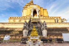 Forntida pagod på Wat Chedi Luang Royaltyfri Bild